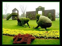 Topiary 22 Marvelous Grass Sculptures - If you have a big garden or backyard and you are willing to bring something new in it, here is the right solution for you. Look at these amazing grass