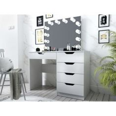 Măsuțe de toaletă   FAVI.ro Vanity, Mirror, Furniture, Home Decor, Dressing Tables, Powder Room, Decoration Home, Room Decor, Vanity Set