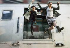 el salto de  Tris y Christina