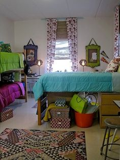 triple! colleg life, dormroom, bed, arranging dorm room, college dorm triple, dorm rooms, triple dorm room ideas, scad dorm, colleg dorm