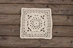6 crochet squares