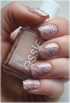 Purple Flowers Manicure