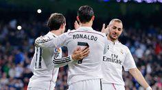 """[Tin thể thao] Nghịch lý ở Real: BBC làm đội bóng mất cân bằng - http://www.iviteen.com/tin-the-thao-nghich-ly-o-real-bbc-lam-doi-bong-mat-can-bang/ Real Madrid có quyền tự hào khi họ đang sở hữu 3 mũi tấn công siêu hạng gồm Karim Benzema, Gareth Bale và Cristiano Ronaldo (BBC) có thể mang ra làm đối trọng với """"tam tấu"""" MSN (Lionel Messi, Luis Suarez và Neymar) của Barcelona. Tuy nhiên, chính BBC lại làm đội"""