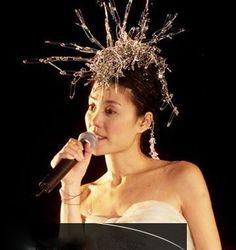 盘点:王菲演唱会10大经典造型(组图)-北京冬雨-搜狐博客 Faye Wong, Clothespins, Girls, Image, Fashion, Clothes Pegs, Toddler Girls, Moda, Daughters