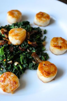 Perfect Seared Scallops with Crispy Shallots and Kale - Naked Cuisine