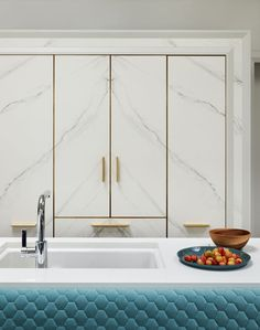Modern Luxury Kitchens For A Grand Kitchen Best Kitchen Cabinets, Kitchen Cabinet Doors, Kitchen Cabinet Design, Luxury Kitchens, Cool Kitchens, Kitchen Prices, Grand Kitchen, Wardrobe Design Bedroom, Kitchen Collection