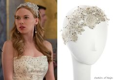 In the fifteenth episode Greer wears this Colette Malouf Crochet Wire Field of Flowers Headstrapin white ($788).