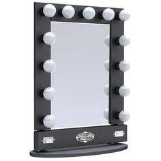 I've been spotting some fantastic DIY vanity mirror recently. Here are 17 ideas of DIY vanity mirror to beautify your room Hollywood Vanity Mirror, Lighted Vanity Mirror, Mirror Vanity, Vanity Lighting, Hollywood Makeup, Dresser Mirror, Vanity Room, Dim Light Bulbs, Diy Makeup Vanity