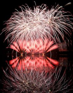 Gatineau Quebec Canada Fireworks entertainment lac Leamy Flickr - Photo Sharing!