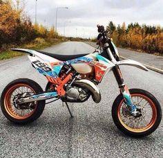 SupermotoLife — I'm speechless… *_* Ask me anything! Ktm Dirt Bikes, Cool Dirt Bikes, Ktm Motorcycles, Motorcycle Memes, Motorcycle Dirt Bike, Moto Bike, Scrambler Motorcycle, Motocross Love, Motorcross Bike