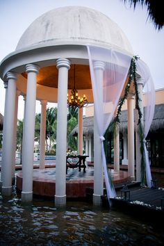 You can't get much more beautiful than The Wedding Gazebo at #NowSapphire
