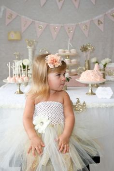 Kara's Party Ideas Once Upon a Time Fairytale Princess Birthday Party Planning Ideas Bday Girl, 1st Birthday Girls, Princess Birthday, Princess Party, First Birthday Parties, Birthday Signs, Happy Birthday, Birthday Ideas, Ben Y Holly