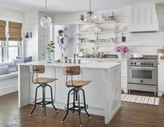 Before-and-After Farmhouse Kitchen Makeover