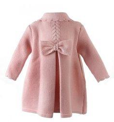 Abrigo de lana para niña de punto bobo con ochos y lazo zapatero 0ac90beccfbf