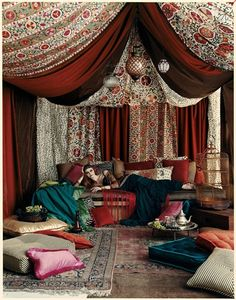 Moroccan Canopy Bed i love this bed. new life plan- step one, build room with canopy