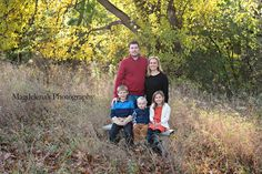 Fall Family. Love the colors and outfits