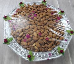 Trousseau Packing, Wedding Rituals, Dried Fruit, Engagement Pictures, Diwali, Trays, Dog Food Recipes, Almond, Decorative Plates