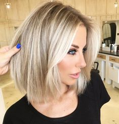20 Edgy Short Hair Looks To Inspire Your Next Haircut - Page 2 of 3 - Hey-Cinderella Edgy Short Haircuts Straight Blonde Hair Color Edgy Short Haircuts, Short Hair Cuts, Short Straight Hairstyles, Short Highlighted Hairstyles, Blonde Short Hairstyles, Medium Hair Styles, Curly Hair Styles, Edgy Hair, Hair Transformation