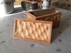 Simple and beautiful - Bonitum Liquid Plywood jewelery box.