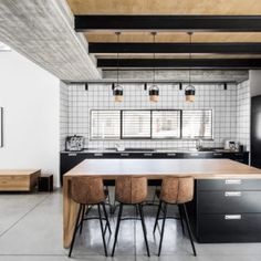 Components for Industrial style kitchen decoration - I Do Myself Industrial Style Kitchen, Industrial Interior Design, Industrial House, Modern Interior Design, Modern Industrial, Rustic Kitchen, Small White Kitchens, Kitchen Design, Kitchen Decor