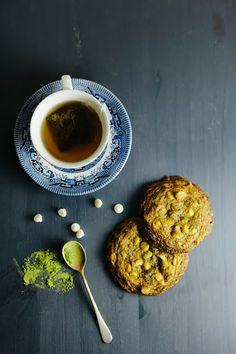 Matcha, White Chocolate and Macadamia Cookies | hummingbirdhigh