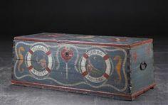 Vare: 3194029Skibskiste af bemalt træ, 1800-tallet 44/113/46 cm
