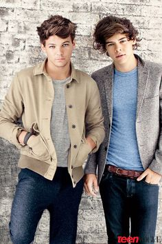 Harry and Louis. Not Larry Stylinson. They're best friends not a couple. Larry should be used on friendly terms not realontionship terms. Are you all cool with that?