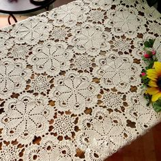 67-86 Inch Rectangle Cotton Handmade Crochet Lace Tablecloth Doilies F10