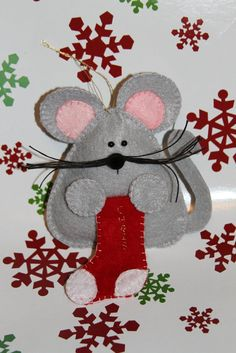 Felt Christmas Mouse Ornament Pattern INSTANT by BizzysCorner diychristmasornaments Felt Christmas Decorations, Christmas Ornaments To Make, Christmas Sewing, Christmas Projects, Handmade Christmas, Holiday Crafts, Christmas Crafts, Crochet Christmas, Christmas Ideas