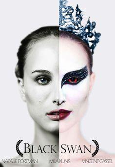 Black Swan with Natalie Portman Black Swan Movie, Black Swan 2010, Natalie Portman Movies, Nathalie Portman, Shadow Face, Darren Aronofsky, Female Protagonist, Black Costume, White Swan