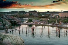 Who knew, that the world's deepest Geo-Thermal Hot Spring is in a town called Pagosa, Colorado? We definitely love us some Hot Springs here at Hotel Swimming Pools. This one is about an hour's drive from Durango and 3 hours from Santa Fe, New Mexico. There are three hotels that …