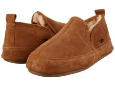 Acorn Romeo II (Walnut Brown Sheepskin) Men's Slippers Bedroom Slippers, Velcro Shoes, Mens Slippers, Kinds Of Shoes, Running Sneakers, Buy Shoes, Arches, Shoes Online, Snug