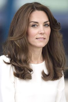 Kate Middleton looked lovely with her bouncy waves while attending the launch of Heads Together Campaign on May 16, 2016.
