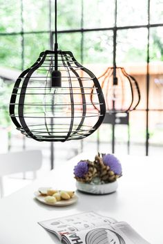 The industrial look is so hot! Just like this HKliving Lab hanging lamp. His metal lamp comes in different trendy colours that combine really well. Or be a litt Decor, I Love Lamp, Lamp, Interior Lighting, Living Room Style, Lights, Hanging Lamp, Inspired Living, Copper Lamps