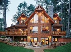 Gorgeous log home with lots of windows.....Love it!!!