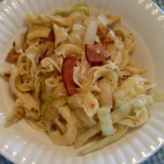 ~Under the Big Oak Tree~: Polish Cabbage Noodles ~ An Easy and Frugal Meal- Think I will used smoked turkey legs instead. probably tweek a few more things.. but the concept is good tho.