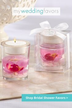 This article presents a variety of wedding favor ideas like sweets, drinks, candles, packs for bath and many others to help making the right choice. Tea Wedding Favors, Elegant Wedding Favors, Bridal Shower Favors, Diy Wedding, Wedding Gifts, Wedding Ideas, Glass Tea Light Holders, Tea Candles, Beautiful Candles