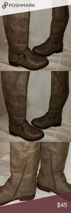 Tall sz 7 Aldo Boots Awesome pair of boots- no defects aldo Shoes Ankle Boots & Booties