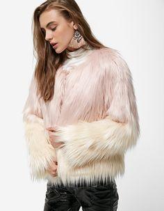 Dyed faux fur coat - Just in | Stradivarius United Kingdom
