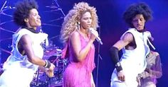 Les twins dancing with Beyoncé