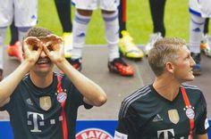 Müller being Müller - 090814 Allianz Arena Bayern München Presentation (via +MiaSanWorldwide)
