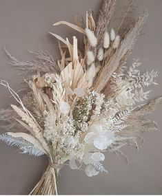 """""""Be your own kind of beautiful!""""💕  We absolutely love this dried bouquet from  Visit their Etsy store! Dried Flower Bouquet, Flower Bouquet Wedding, Dried Flowers, Floral Wedding, Gerbera Wedding, Bridal Bouquets, Silk Flowers, Grass Decor, Dried Flower Arrangements"""