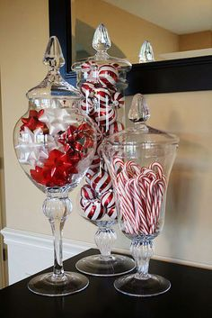Super Easy Inexpensive Decor Ideas for Christmas Love apothecary jars with christmas colors in them!Love apothecary jars with christmas colors in them! Coastal Christmas, Noel Christmas, Winter Christmas, All Things Christmas, Christmas Items, Christmas Entryway, Christmas Design, Christmas Colors, Christmas Music