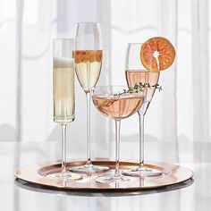 Handcrafted flute or statuesque coupe shape on an enlongated slender stem is perfect to showcase champagne, prosecco, and other sparkling drinks.