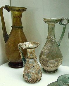 Roman glass in Archaeological Museum in Istanbul ! Antique Glass Bottles, Antique Glassware, Old Bottles, Ancient Rome, Ancient History, European History, Ancient Aliens, Ancient Greece, American History