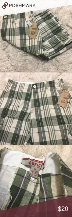 🖤sale🖤NWT Plaid shorts A brand new with tags pair of green and cream colored plaid cargo shorts. Men's waist size 34. Posh rules only, no PayPal, no lowball offers. Reasonable offers welcome. Happy Poshing! 🖤 SoFich Shorts Cargo