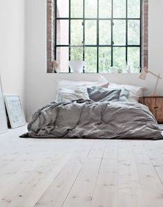 Prachtige houtenvloer in de slaapkamer #hout #neutraal