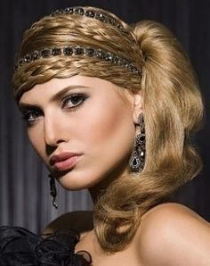 Hairstyle for prom l glamour    Visit us for #hairstyles and #hair advice  WWW.UKHAIRDRESSERS.COM