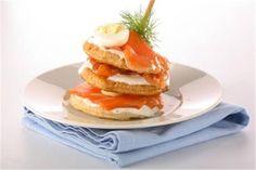 Canapés de salmón y huevos de codorniz. Para no parar.