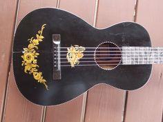 VINTAGE SUPERTONE PARLOR Guitar